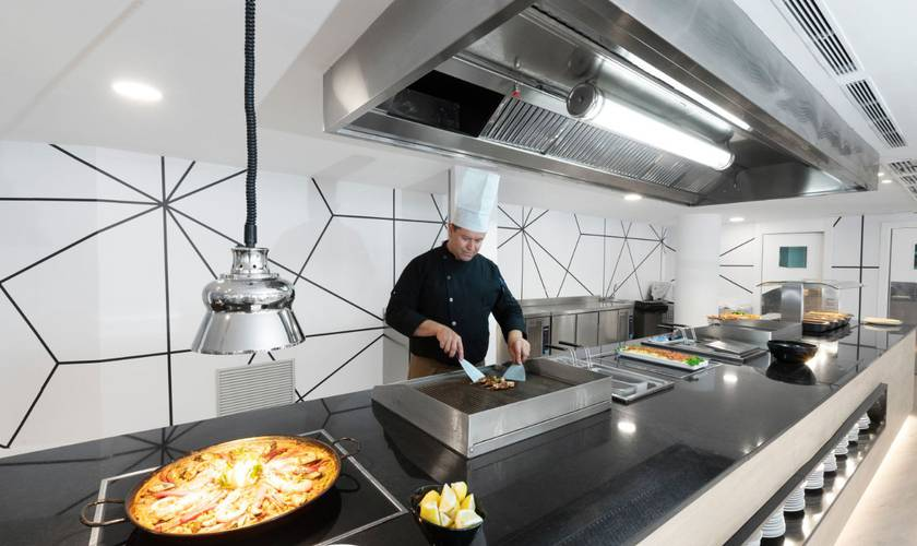 Gastronomy palmanova suites by trh hotel magaluf