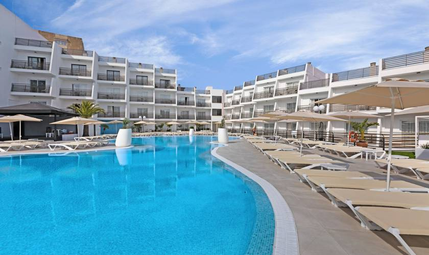 Swimming pool palmanova suites by trh hotel magaluf