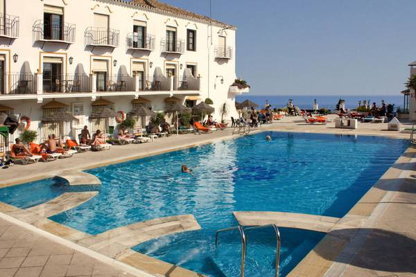 Swimming pool trh mijas hotel